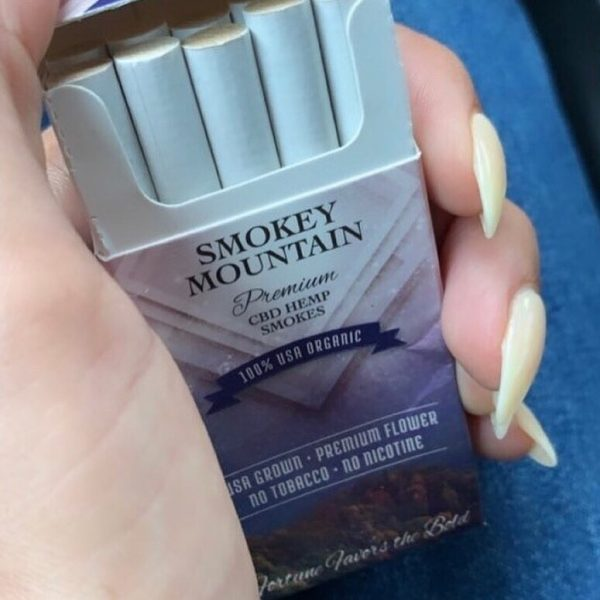 mountain smokes open box