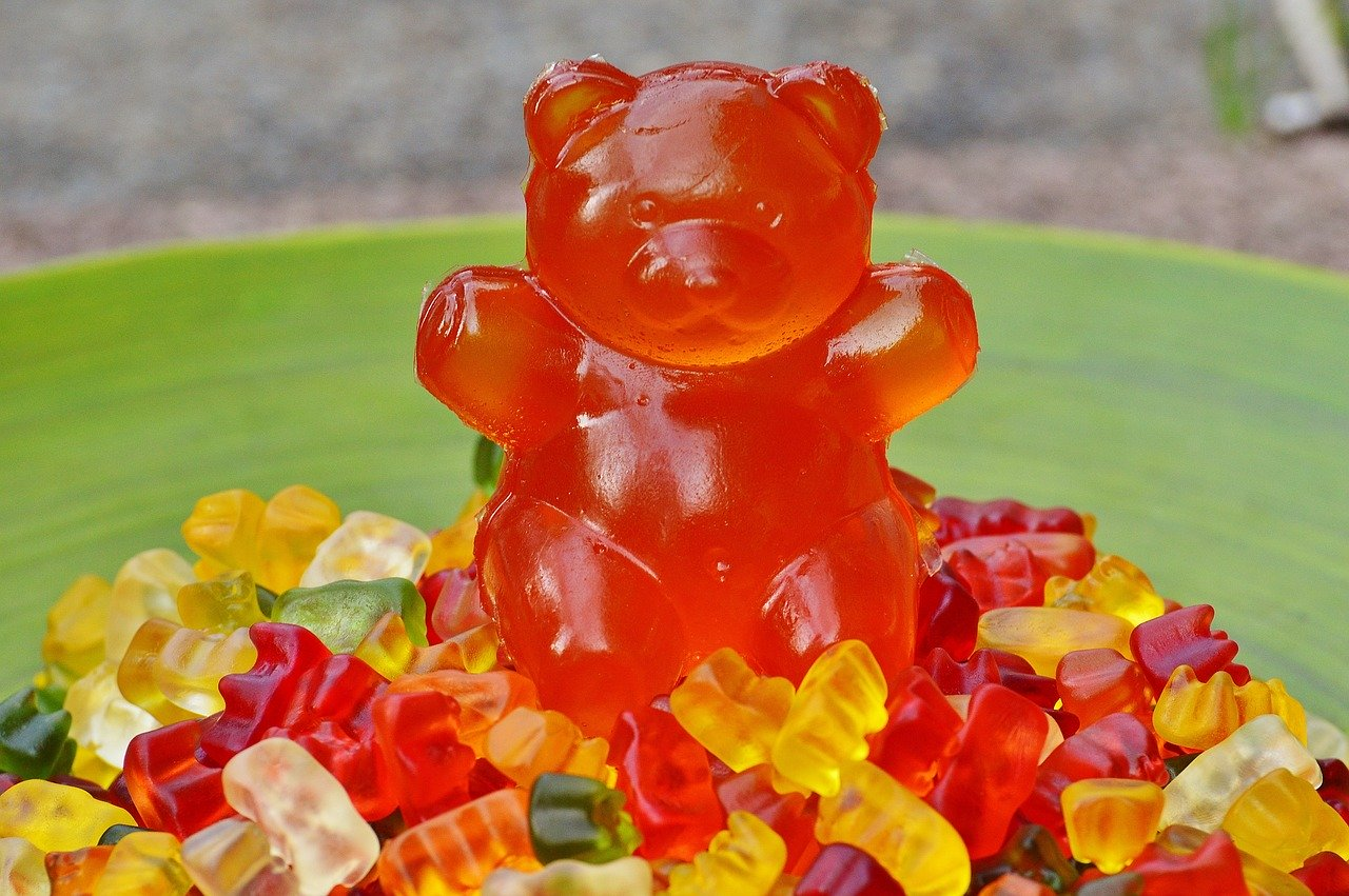 cbd edibles candy gummies